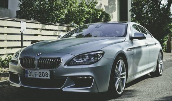 ビーエムダブリュー(BMW)